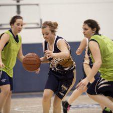 Match de basketball féminin